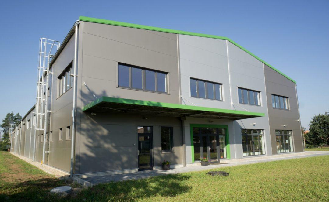 Obchodně administrativní objekt Veltrusy